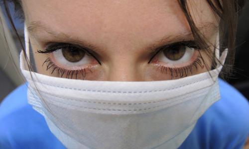 Терапевт предупредила об опасности масок из-за коронавируса