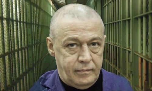 Сидящий в тюрьме Ефремов получил новый удар