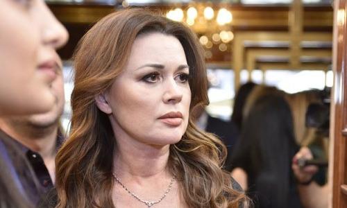 """""""Неужели все врут?"""" - СМИ обсуждают похороны Заворотнюк"""