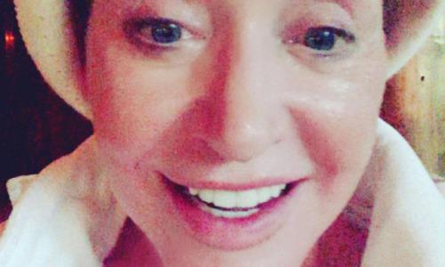 Пугачева без косметики поделилась дерзким снимком из бани