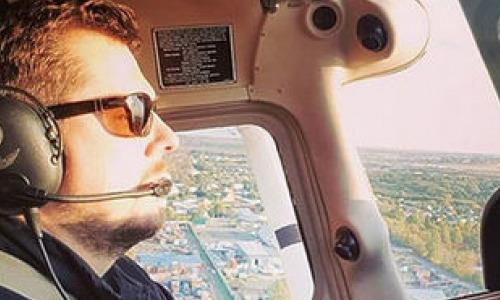 Телеведущий Александр Колтовой тайно развелся накануне катастрофы