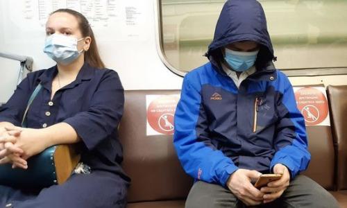 Хуже кашля: ученые объяснили опасность разговоров при коронавирусе