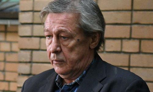Родственники Ефремова обвинили актера в преднамеренном убийстве