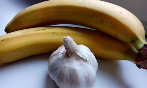 Чеснок и банан, смузи для крепкого здоровья
