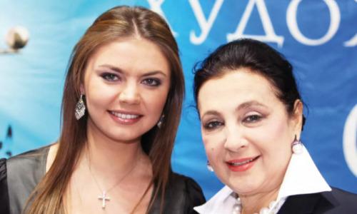 """""""Мы были сестры"""": Винер-Усманова """"слила"""" секретные данные о семье Кабаевой"""