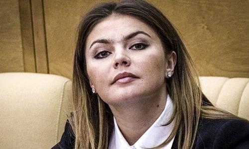 Скончалась при родах: вся Россия соболезнует Алине Кабаевой
